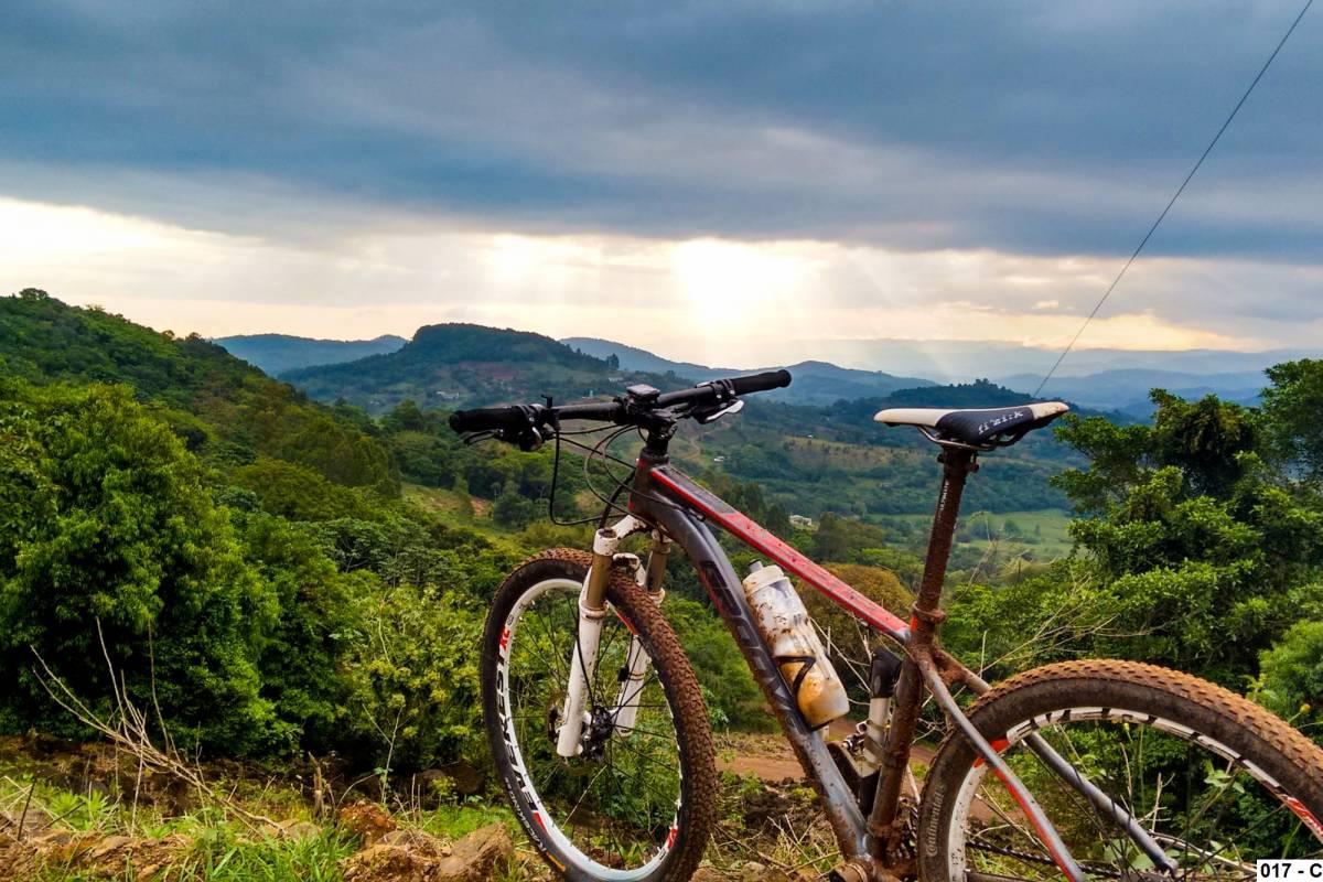 Serra Gaúcha de Bike: 5 roteiros imperdíveis de cicloturismo
