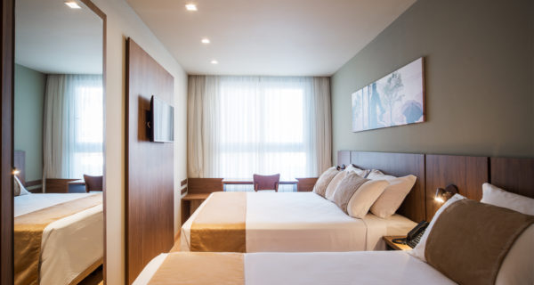 Hotel Laghetto Vivace Canela - Apartamento Luxo Triplo (1)