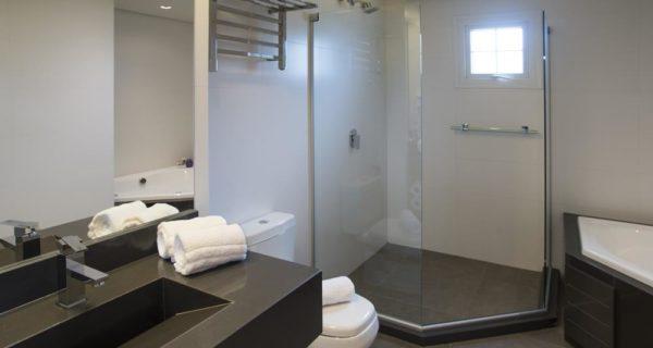 Hotel Laghetto Vivace Canela - Apartamento Luxo com Banheira (1)