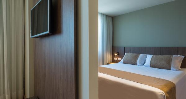 Hotel Laghetto Vivace Canela - Apartamento Super Luxo Triplo (1)