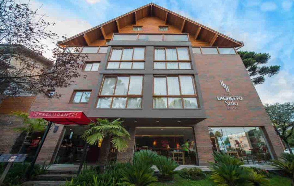 fachada-hotel-laghetto-stilo-centro (4)